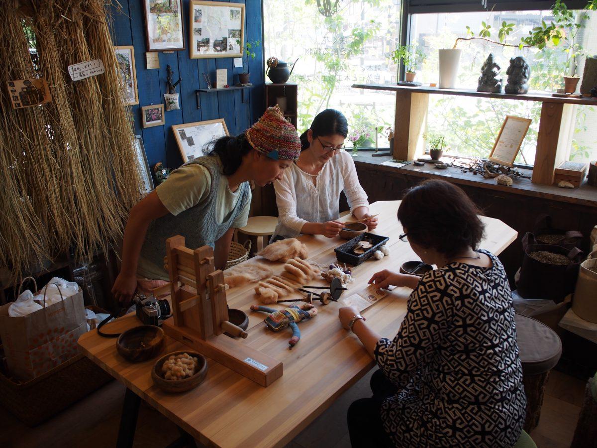10月 あまがえるde糸紡ぎ ワークショップのお知らせ